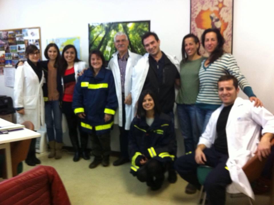 Bomberos ayudan y hospital Ramon y Cajal con nosotros